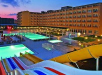 Pohled na hotel Eftalia resort, Alanya